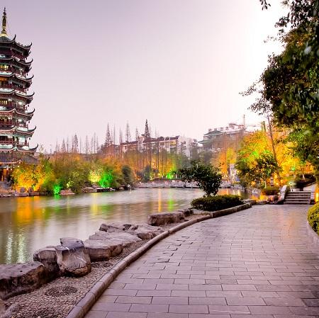 Famille LEFEBVRE – Circuit Guangxi & Guizhou (7 jours)