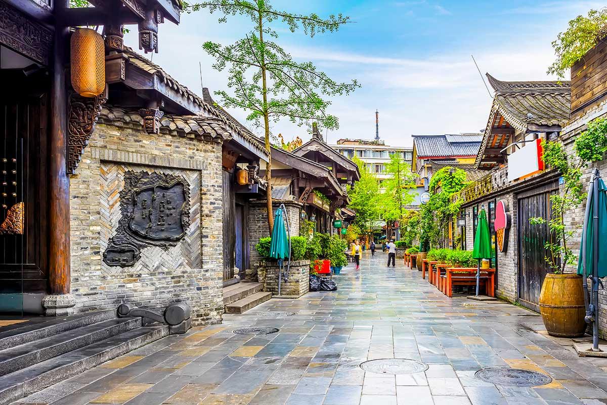 Alain et Marie-Claude – Paysages et Minorités du Yunnan + Chengdu (22 jours)