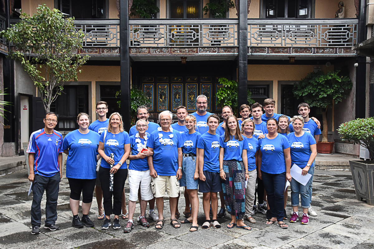 Nadine et Yves – Circuit Pékin, Yunnan & Shanghai – 20 personnes ( 14 jours)