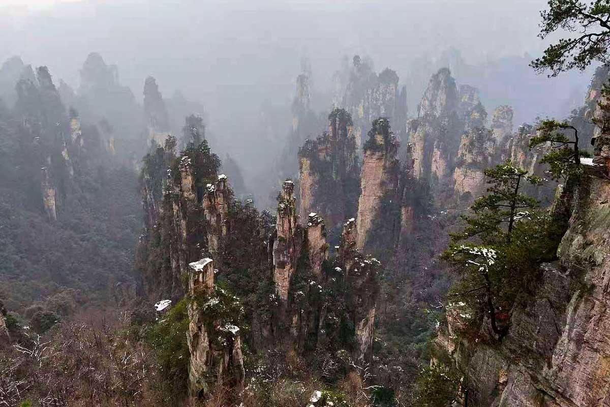 Nathalie – Paysages extraordinaires de Zhangjiajie